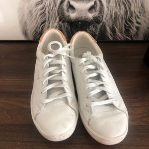 White Leather Ace Sneakers with Pink Detail